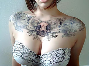 Крошки с татуировками