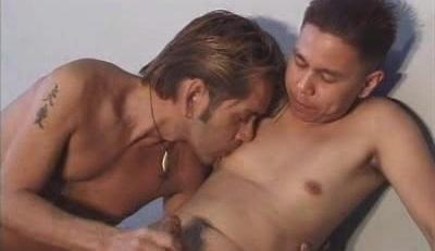 Asian Enjoy Gay Interracial Blowjob