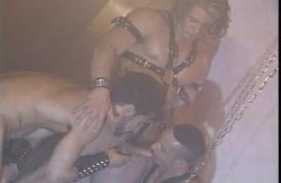 Hot Bodybuilder Threesome