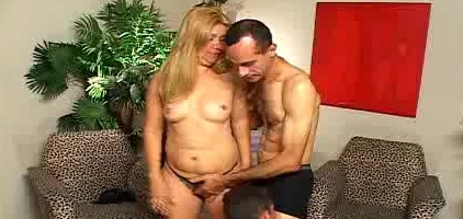 Sexy Eduarda Bisexual Threesome