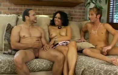Hot Bi Threesome
