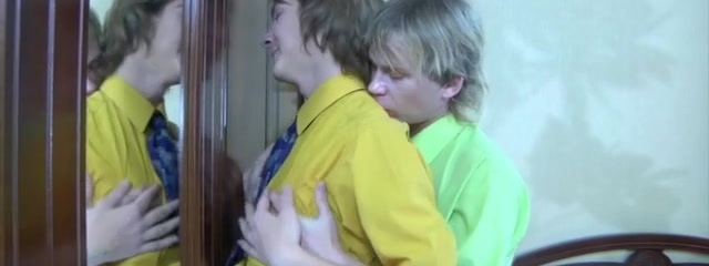 Paul and Silvester cool gay/straight video