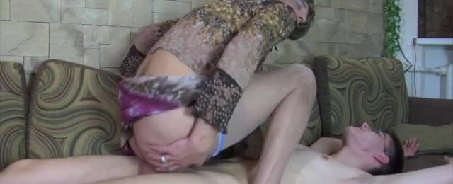 Cyrus and Walt kinky gay crossdresser video