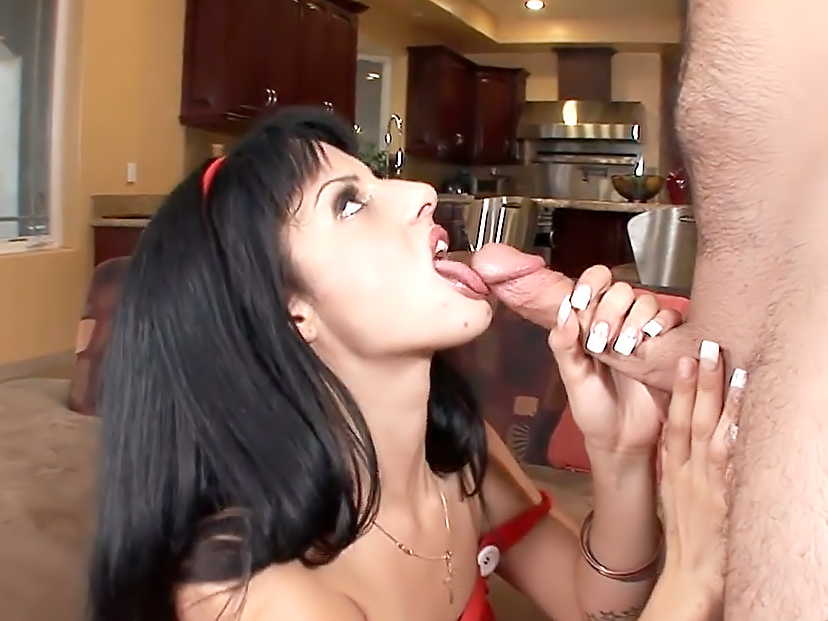 Spicy Lola Sucks Cock Like A ProFor Her First Scene