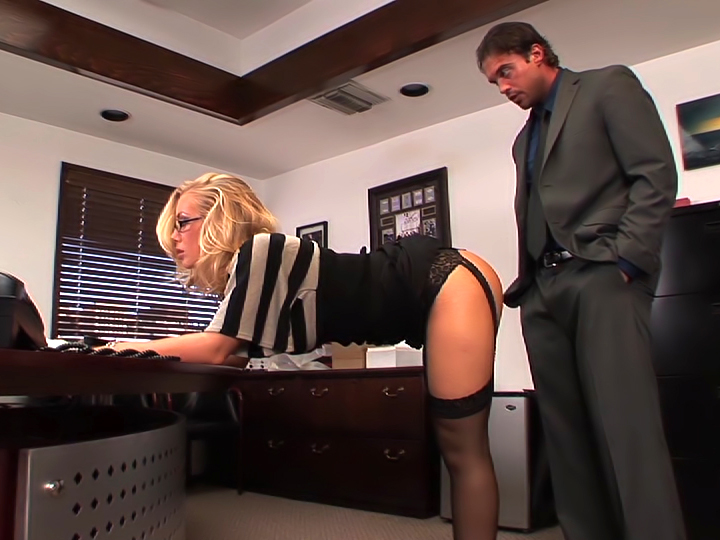 Nicole Aniston In Totally Stacked 4