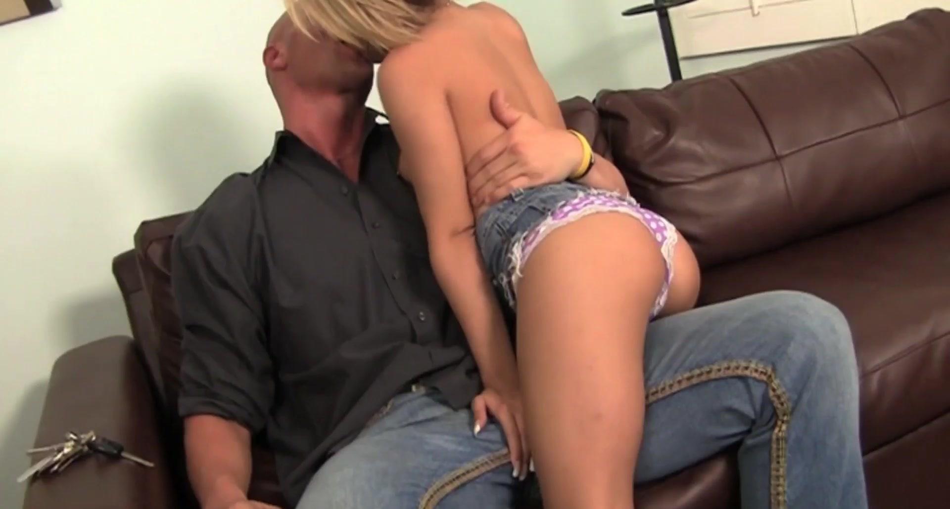 Teen pornstar Caprice Capone fucks her step dad for his car keys