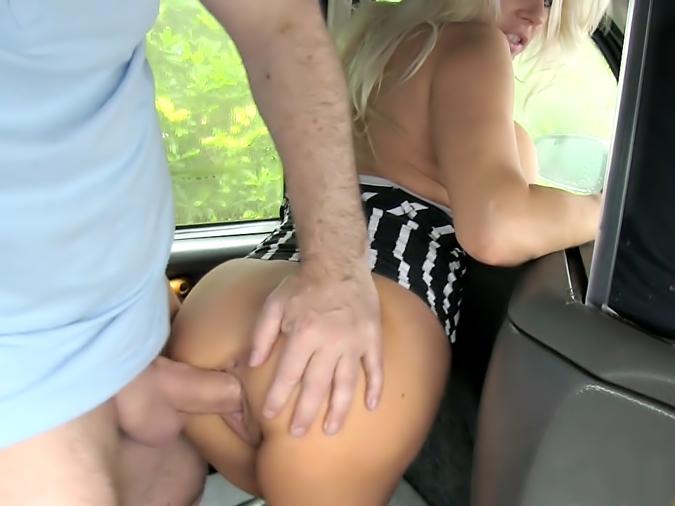 Pornstar Makes Debut in London Taxi