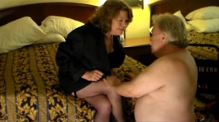 Mistress Lora use her cuckold to clean-up_240p