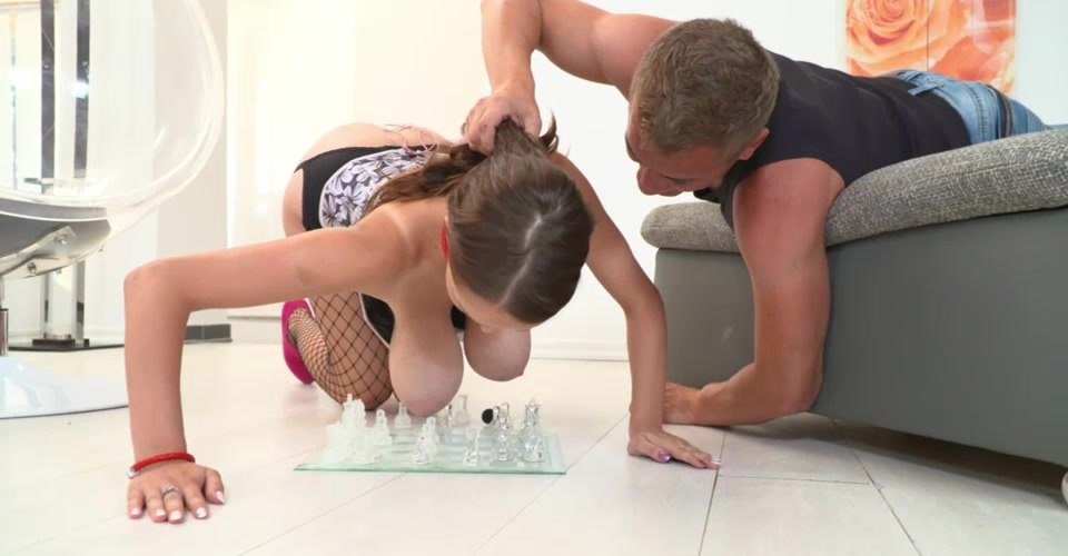 Hardcore chess game with teen Busty Buffy