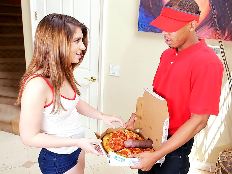 Female Pizza Delivery Porn