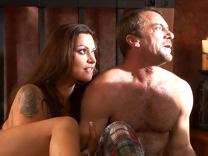 Hotel Sin, Scene 01