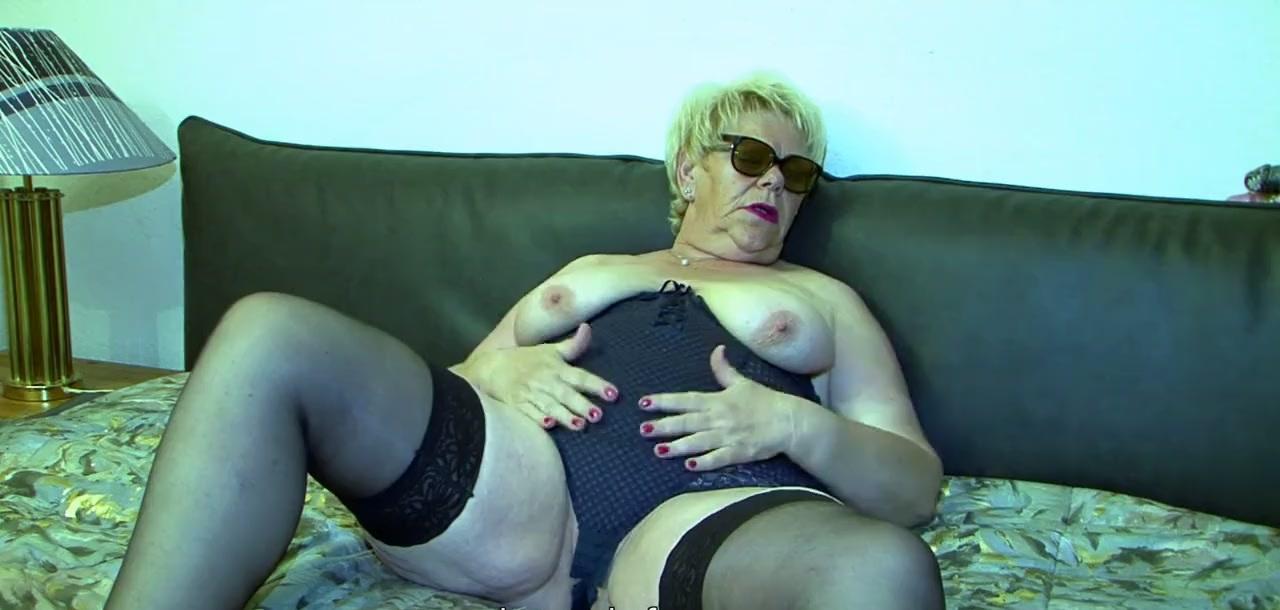 Секс с толстой бабулей