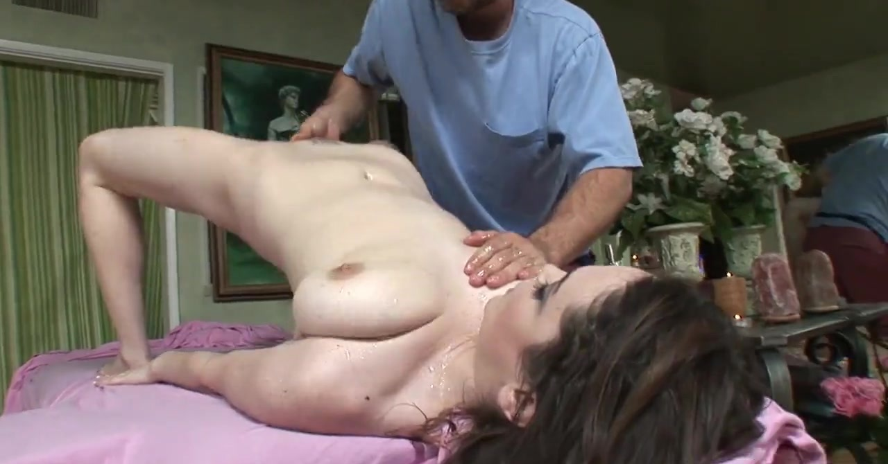 Nothing like a big hard cock to get Tessa wild