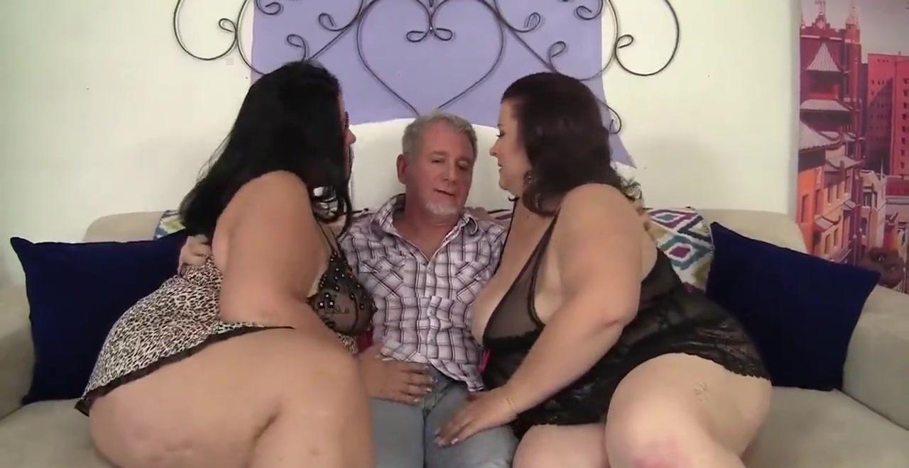 Секс с двумя толстушками