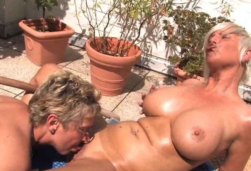 2 pornstar lesbians make each other wet 2