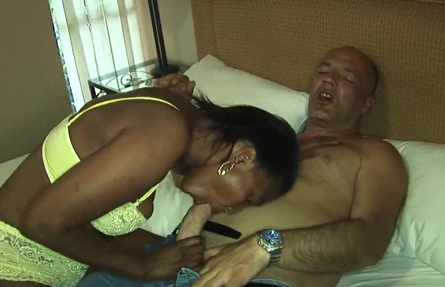 busty hairy african babe fucked