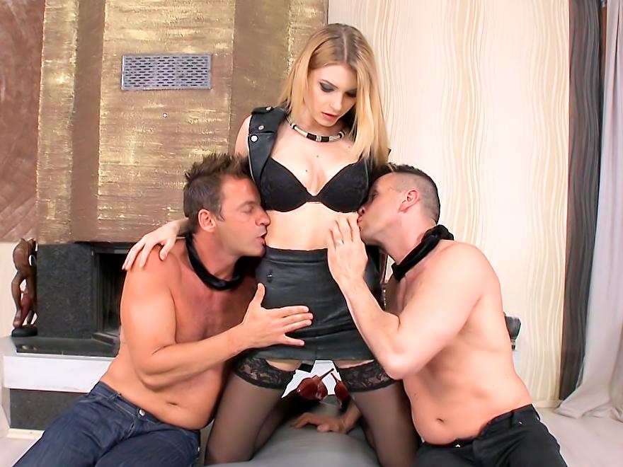Blindfolded To Fuck Karina