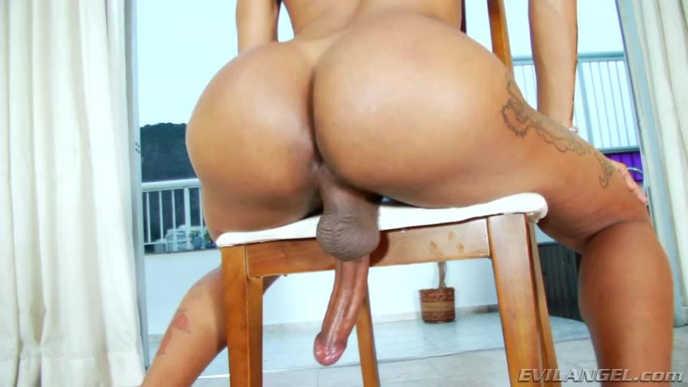 Tayla Leal