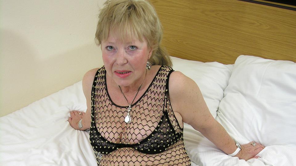 Granny loves cock pics