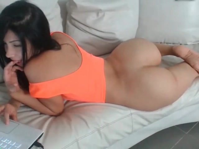 Beauty with perfect bubble ass