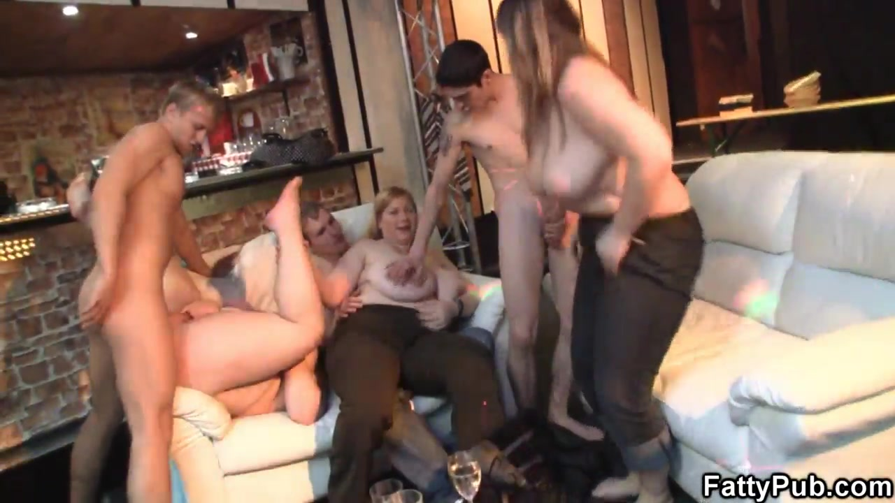 Great party sex with plump chicks_720p