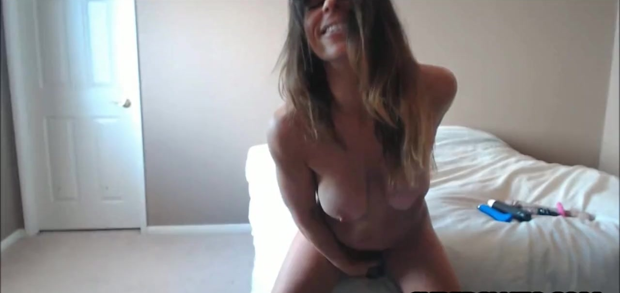 Heavy Squirting Brunette Milf Part 2
