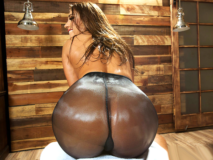 Brazzers – The Allure of Azure