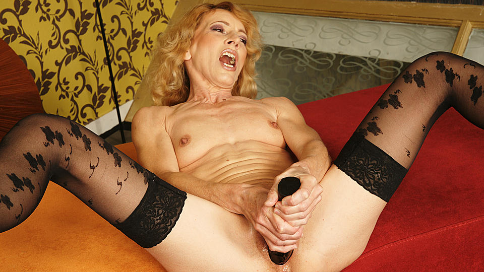 Kinky μαμά πορνό γυναικείος οργασμός μουνί βίδιος