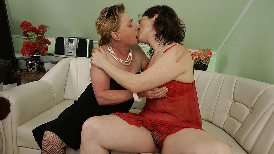 Entertaining mature women love cum remarkable, the