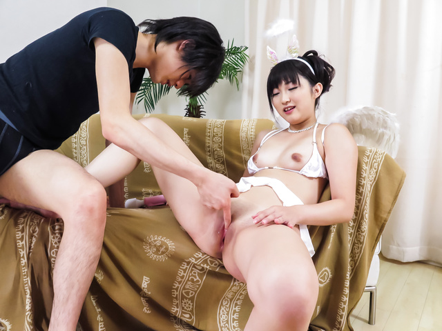 Maria Kotobuki loves having her shaved pussy well stimulated