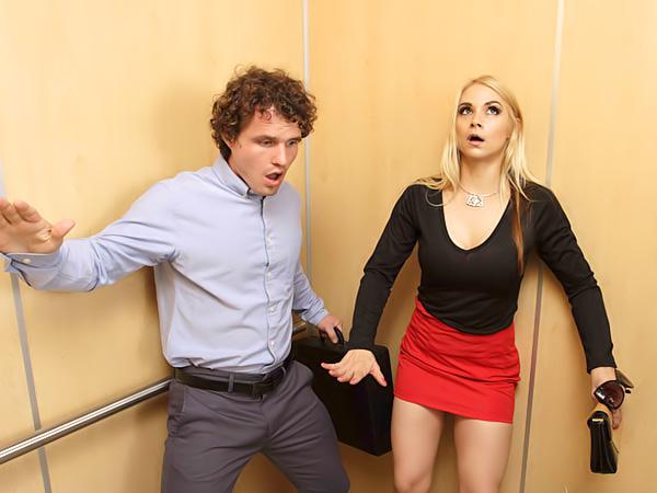 Elevator Sex Porn - â–· Elevator Creeping - Sarah Vandella / Porno Movies, Watch ...