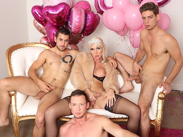 foursome sex videoer smukke fisse xxx