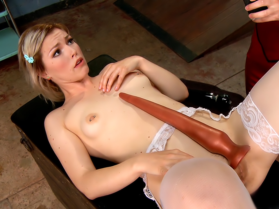 Kinky blonde strips and masturbates for the camera 5