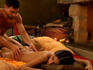 Tantra Shiva Shakti Hips Massage
