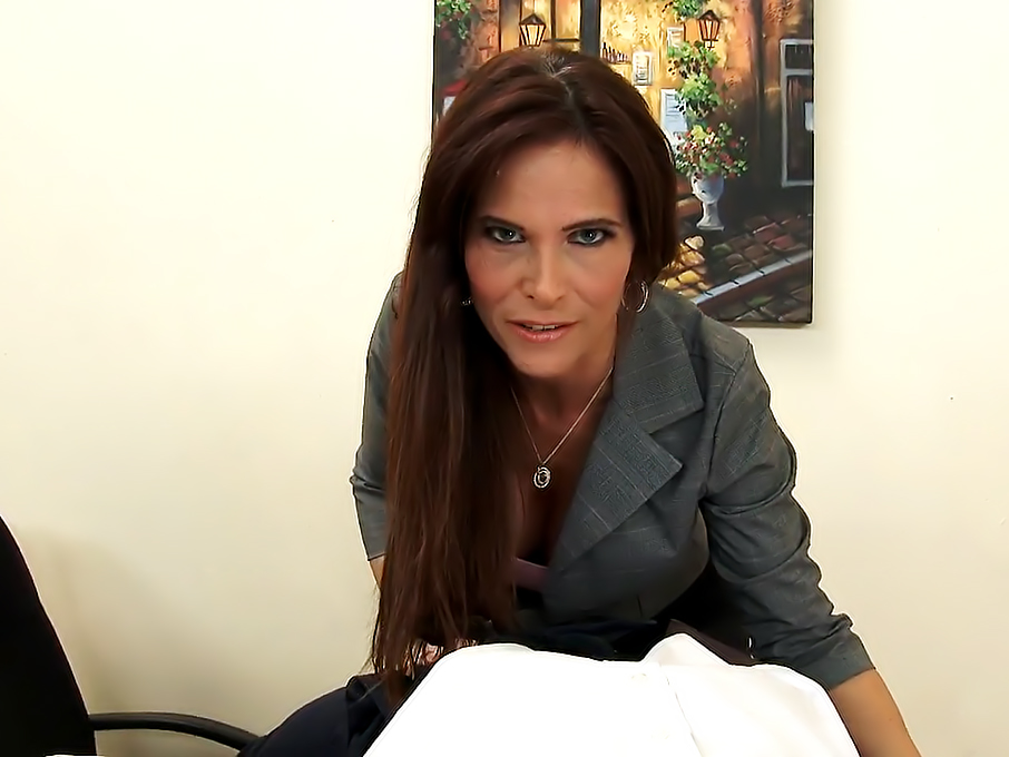 Sexy MILF Boss Syren De Mer Exploits Employee for Dick