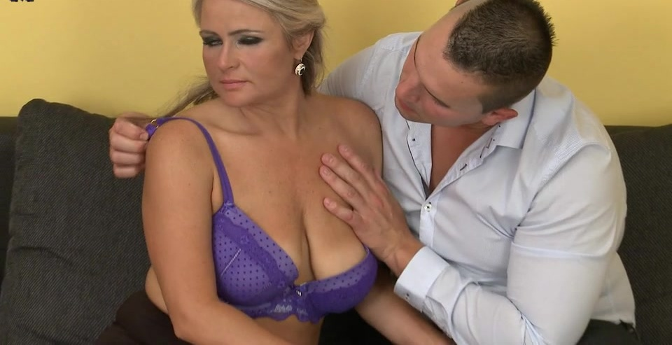 Horny housewifes getting fucked