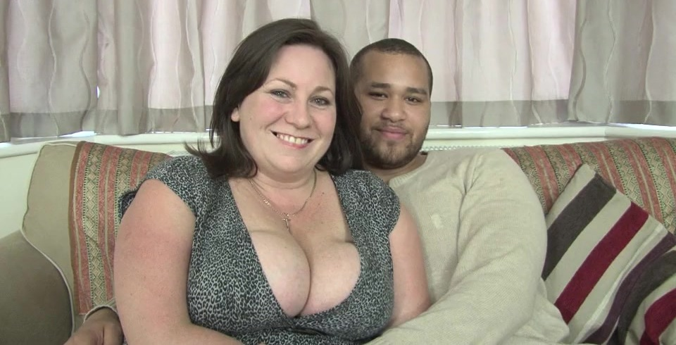 British bigtitted housewife sucking and fucking