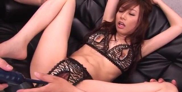 Keito Miyazawa takes good care of two large cocks