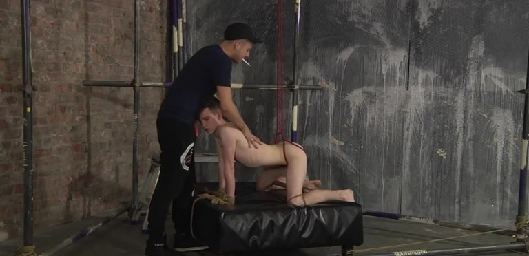 Thomas Can Take It Hard! - Thomas Terry And Deacon Hunter
