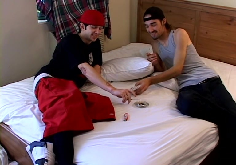 Ian & Dustin And A Pack Of Winstons!