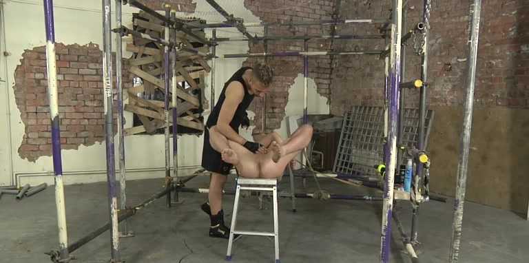 James Is In The Perfect Position! - James Lain And Deacon Hunter