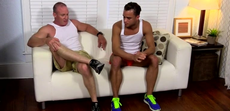 Dark Skinned Hunk Javi Gets His Feet Worshiped - Javi