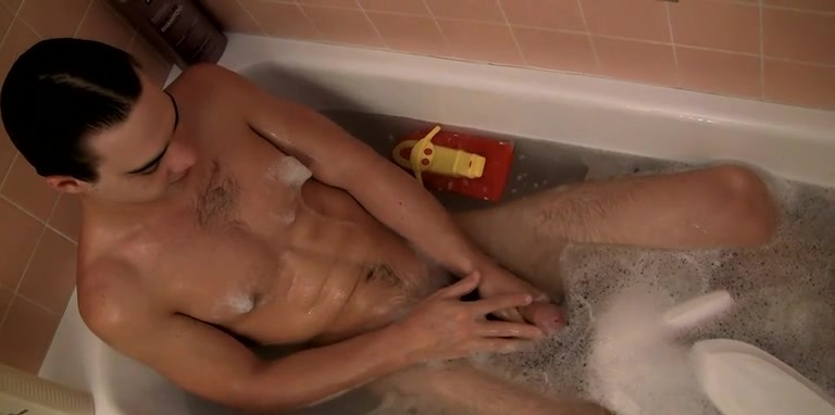 Ball Draining Bathtime Jack Off - Zack Randall
