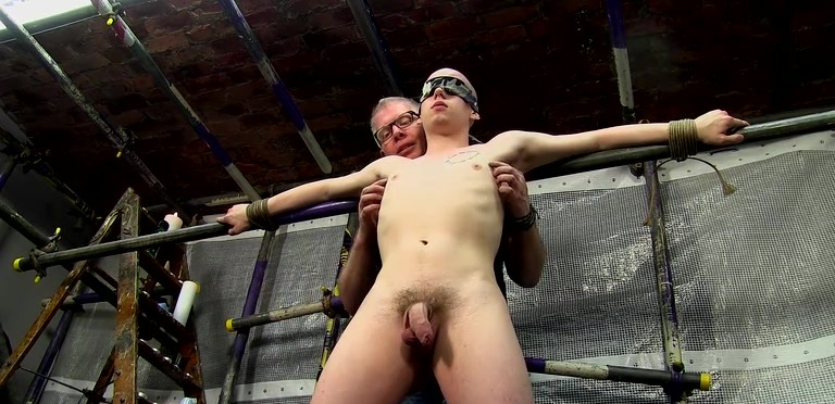 A Sensitive Cock Drained - Oliver Wyatt And Sebastian Kane