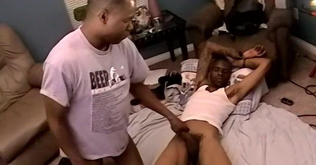 Bi Black Guy Dee Gets Some Ass - Dee