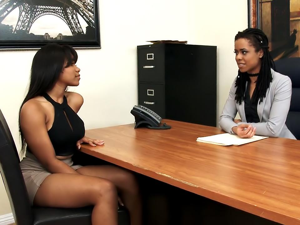 2 Black Girls 1 White Girl