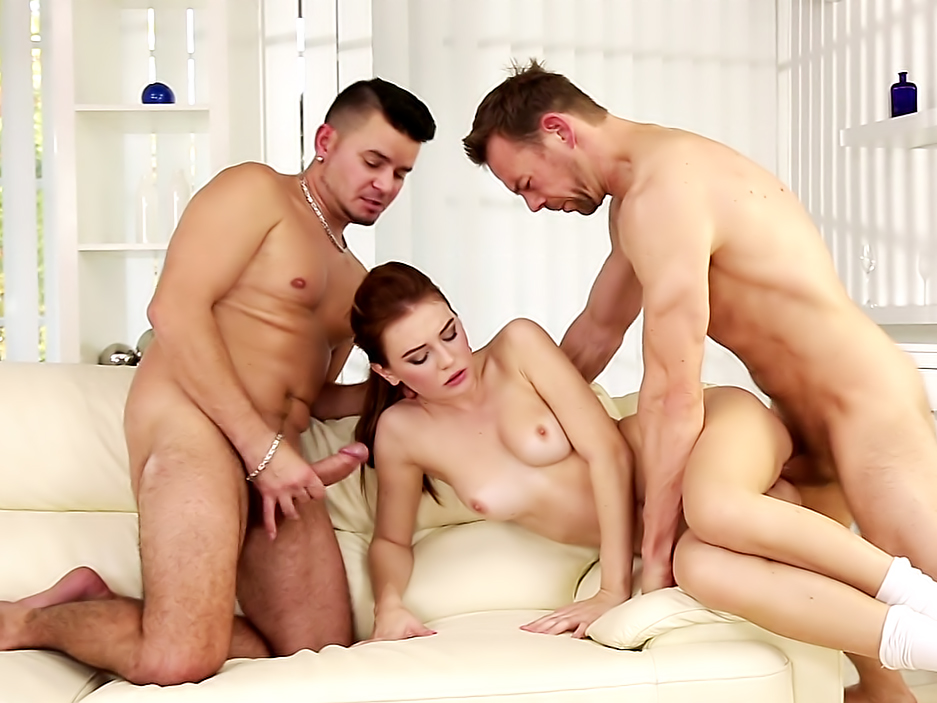 CUMSHOTS-4 on 1 Gang Bangs 07