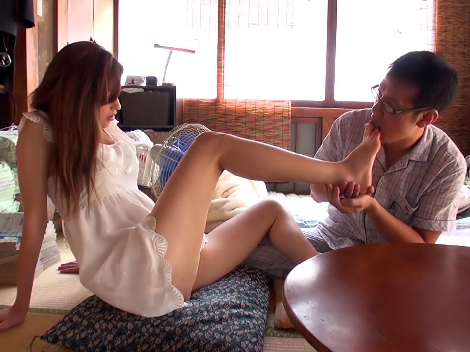 Cute Takizawa Wants Her Pussy Nailed Hard