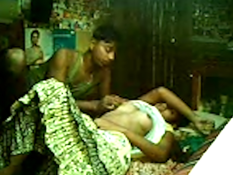 Indian GF fucked in her hairy pussy