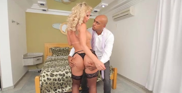 The sexy Carla Novaes takes a huge dick up that tight transsexual ass!
